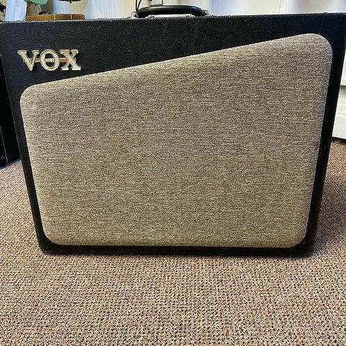 Vox AV60 Modeling Hybrid Guitar Amp, Tube Pre