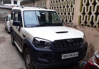 white color scorpio S11 model for rent in Patna