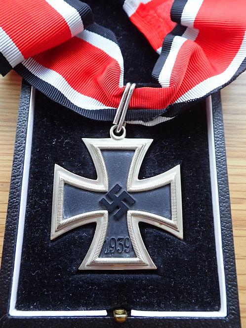 Copy Knights Cross in case L/12
