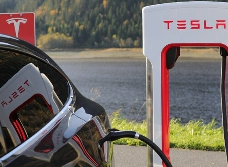 Here's Why Electric Cars Are Going to Hurt the Repair Industry