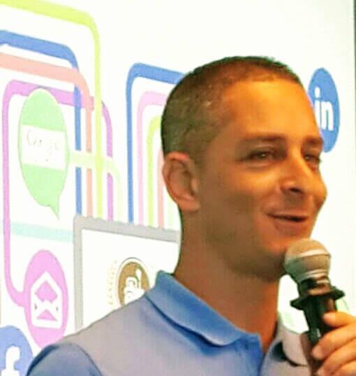 הרצאה בכנס גוגל2-2.jpeg
