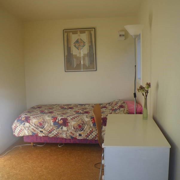 cabininside2.jpg