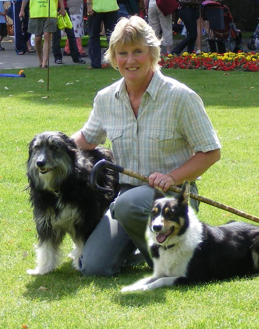 ELAINE & TWO DOGS.jpeg