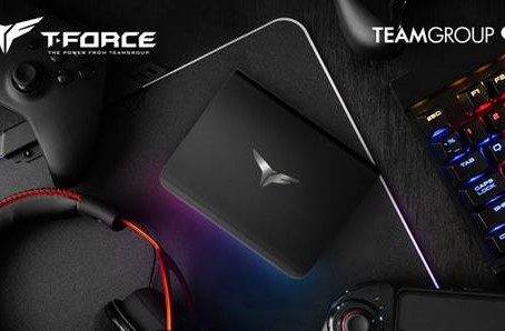 TEAMGROUP Launches T-FORCE TREASURE Touch External RGB Solid State Drive