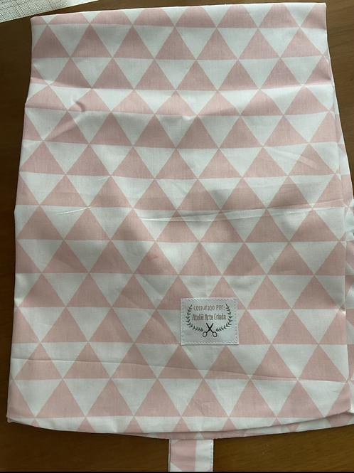 Capa para Almofada Arte Criada Triangulo Rosa