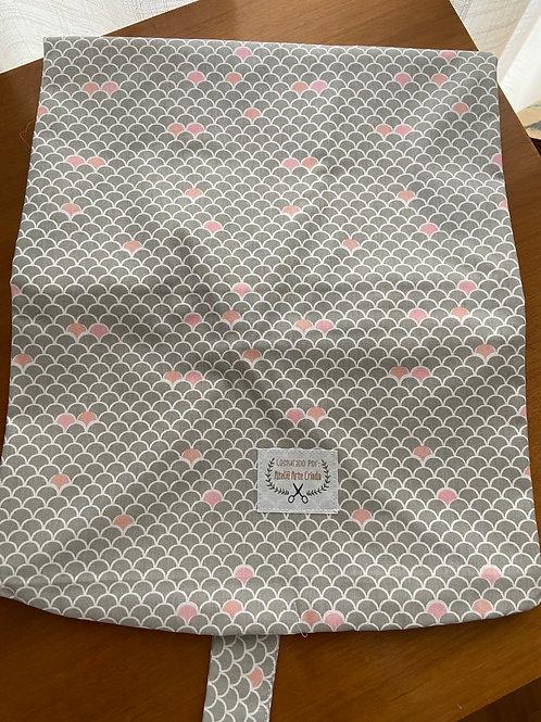 Capa para Almofada Arte Criada Escamas Rosa