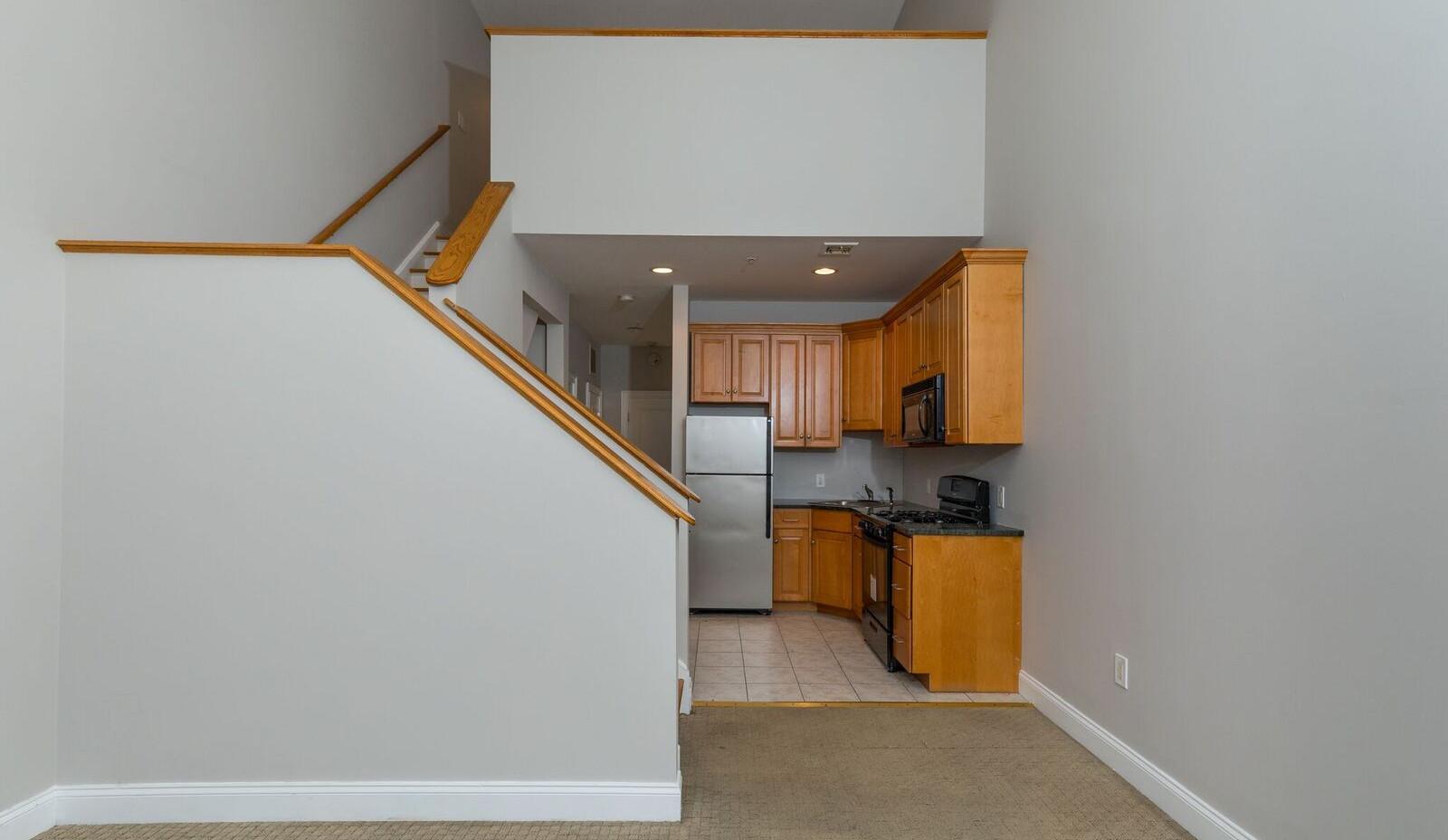 livingroom kitchen2.jpg