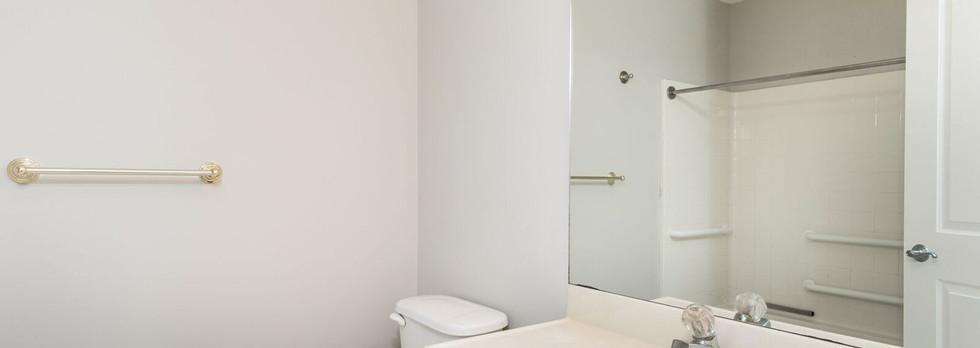Bathroom downstairs.jpg