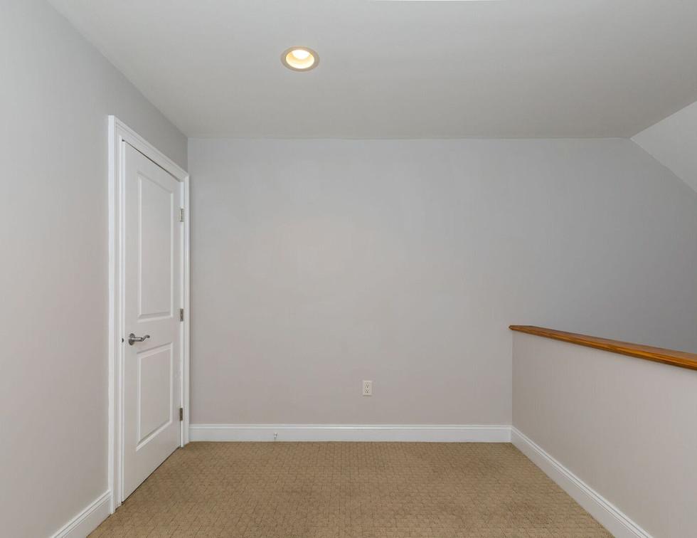 Loft 2.jpg