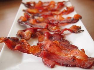 Não precisa riscar o bacon da dieta