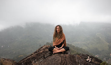 meditate-5353620_1920.jpg