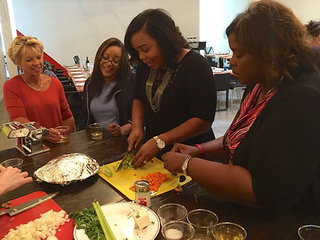 0team blddr cook-happy diverse ladies.JPG