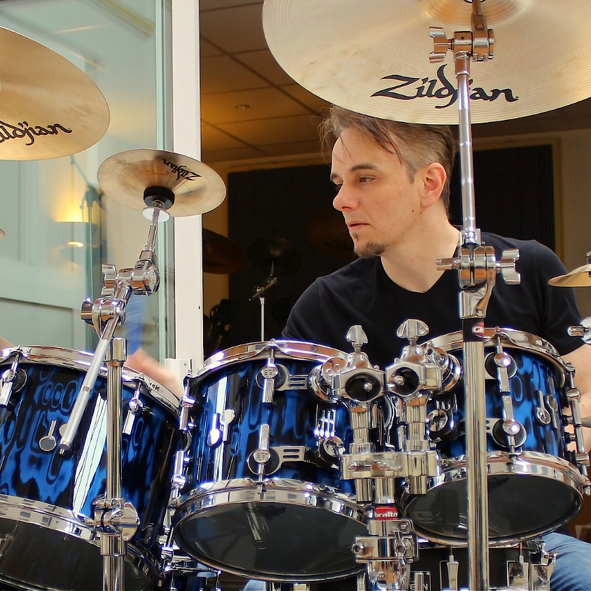A Zoom Hang with Neal Wilkinson featuring Gavin Harrison