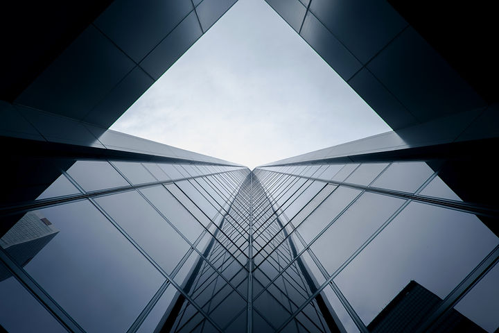 Glass%20building_edited.jpg