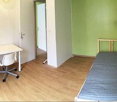 房间1.jpg