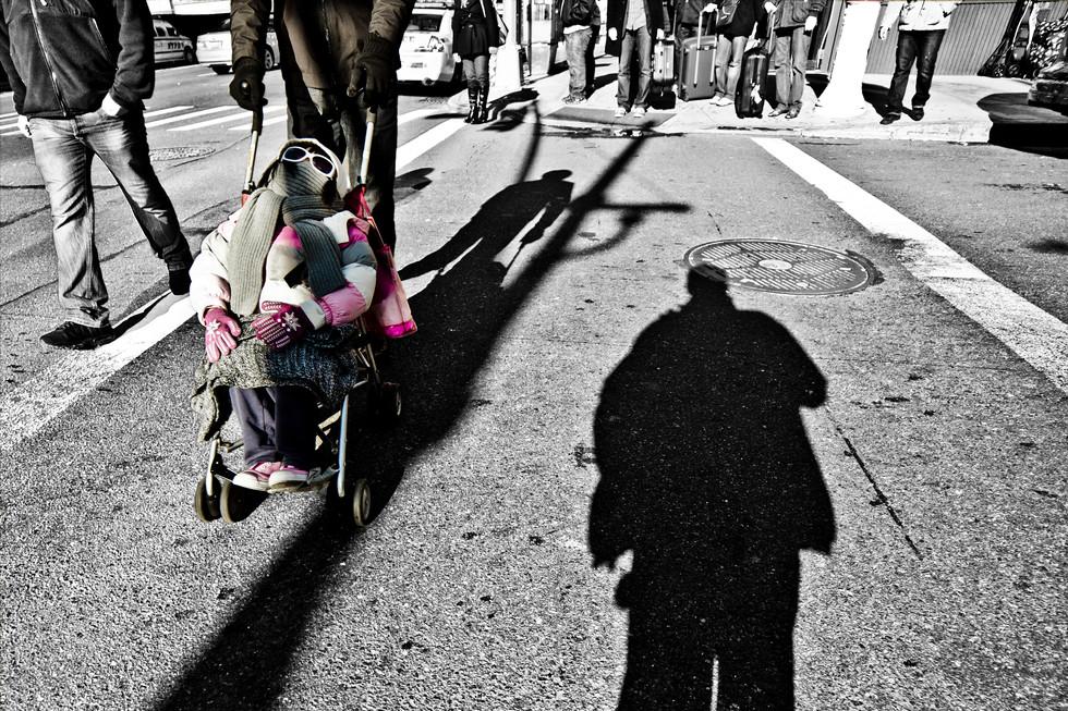sebastian-matthias-werbefotografie-businessfotografie-street-wiesbaden-frankfurt-girl_in_straller_new_york-2.jpg