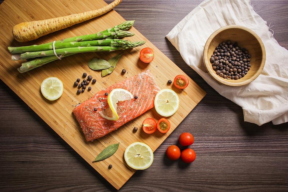 Healthy anti-inflammatory diet, healthy diet, foods high in healthy fats are anti-inflammatory, fish is high in omega 3's, fish is high in healthy fats
