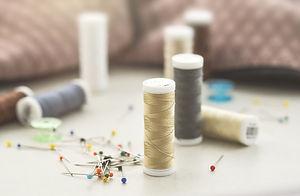 sewing-3405975_1920.jpg