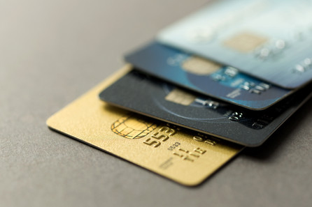 Processos que tratam sobre empréstimo mediante cartão de crédito ficam suspensos.