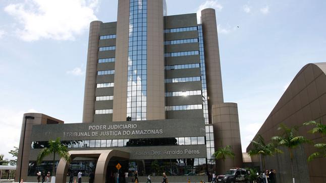 Tribunal de Justiça do Estado do Amazonas decide questões sobre atraso na entrega de imóveis na plan