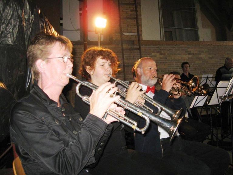 Ineke,+Judith+en+Eef+-+trompet