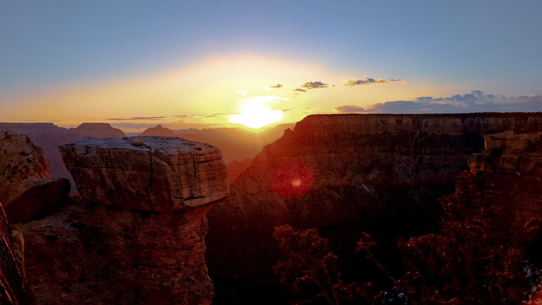Sunrise at Great Canyon
