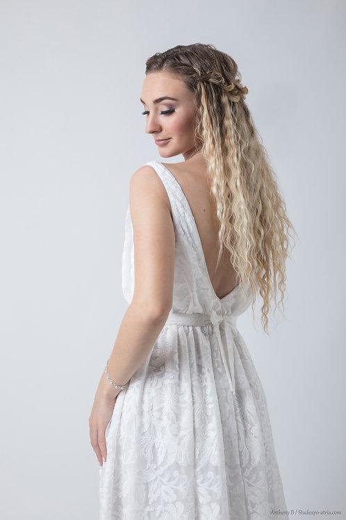 Robe de mariée Bohème - Dos en V plongeant - dentelle