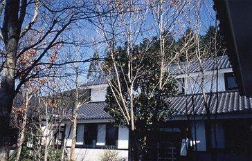 空想の森本館.jpg