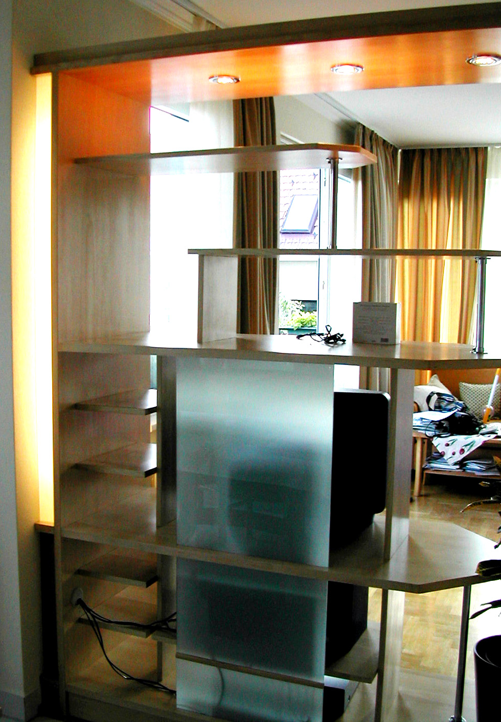 Room devider with TV stand