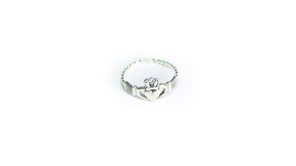 Woven Claddagh Ring
