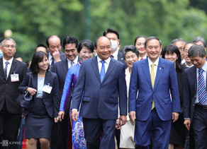 welcome to ベトナム 菅首相!