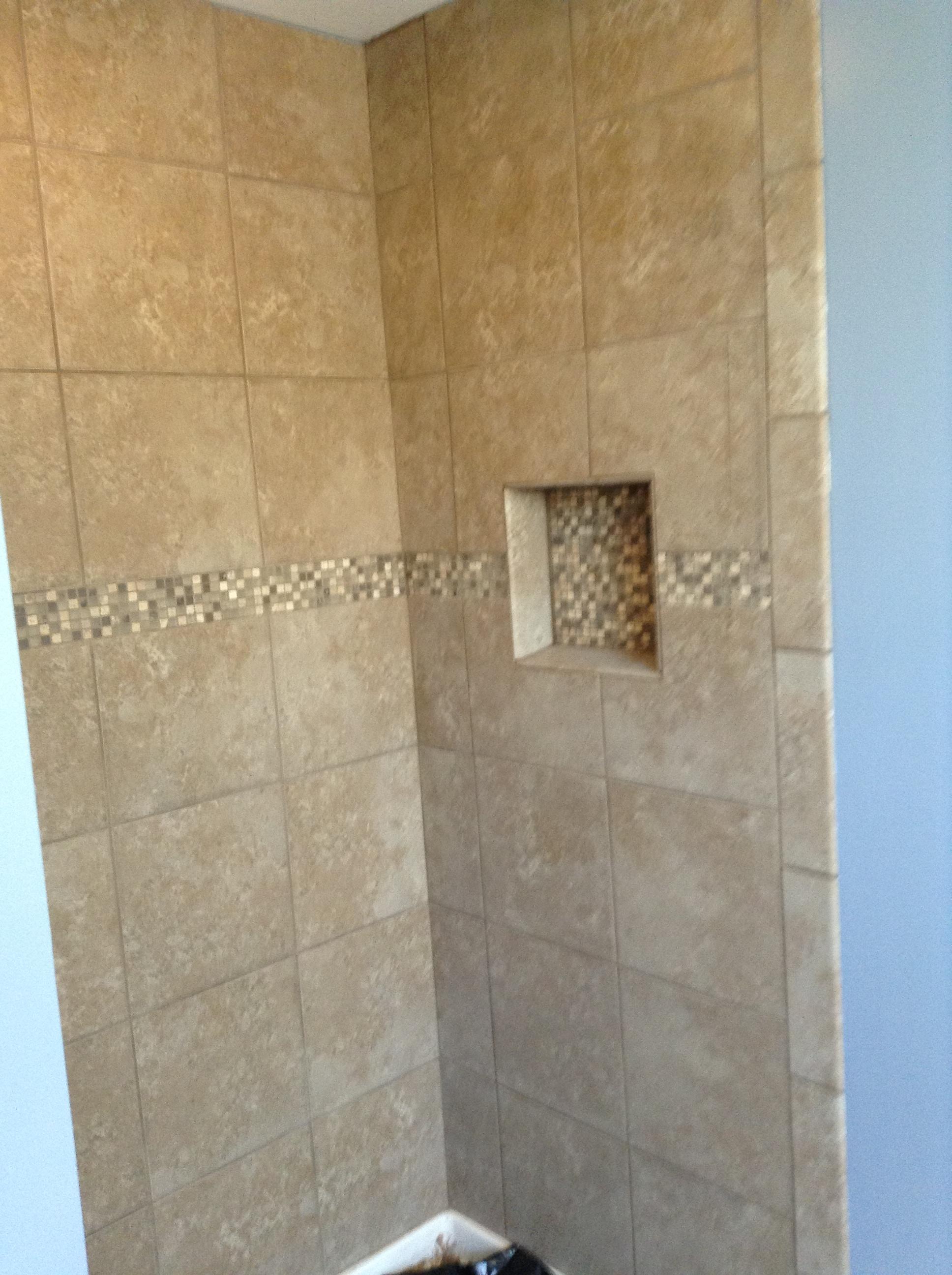 Finished shower w/shanpoo shelf