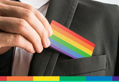 Dichiarazioni discriminatorie per LGBT: vietate anche quelle rese in contesto extra-assunzione