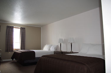 Double Queen Room, willowbend Motel, Maple Creek accomodation