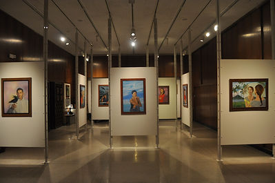 Gallery,back to front_
