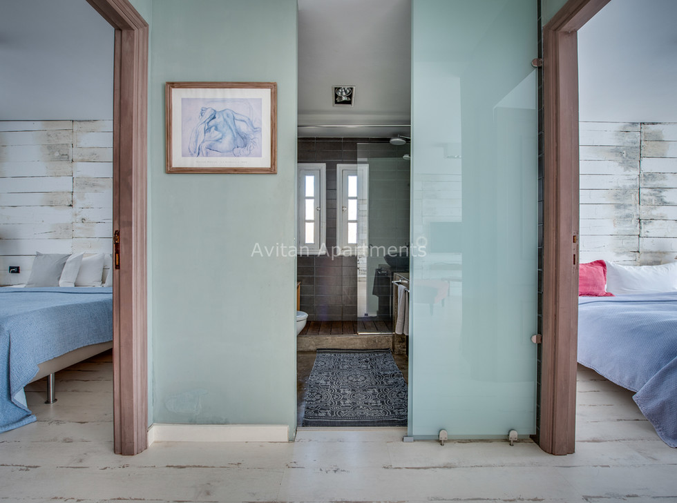 2  bedrooms of Avitan Apartment Loft-1