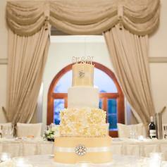 White and Gold hydrangea wedding cake
