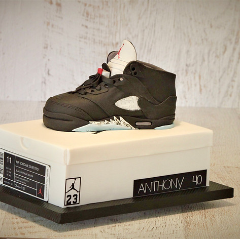 Nike sneaker and shoebox cake