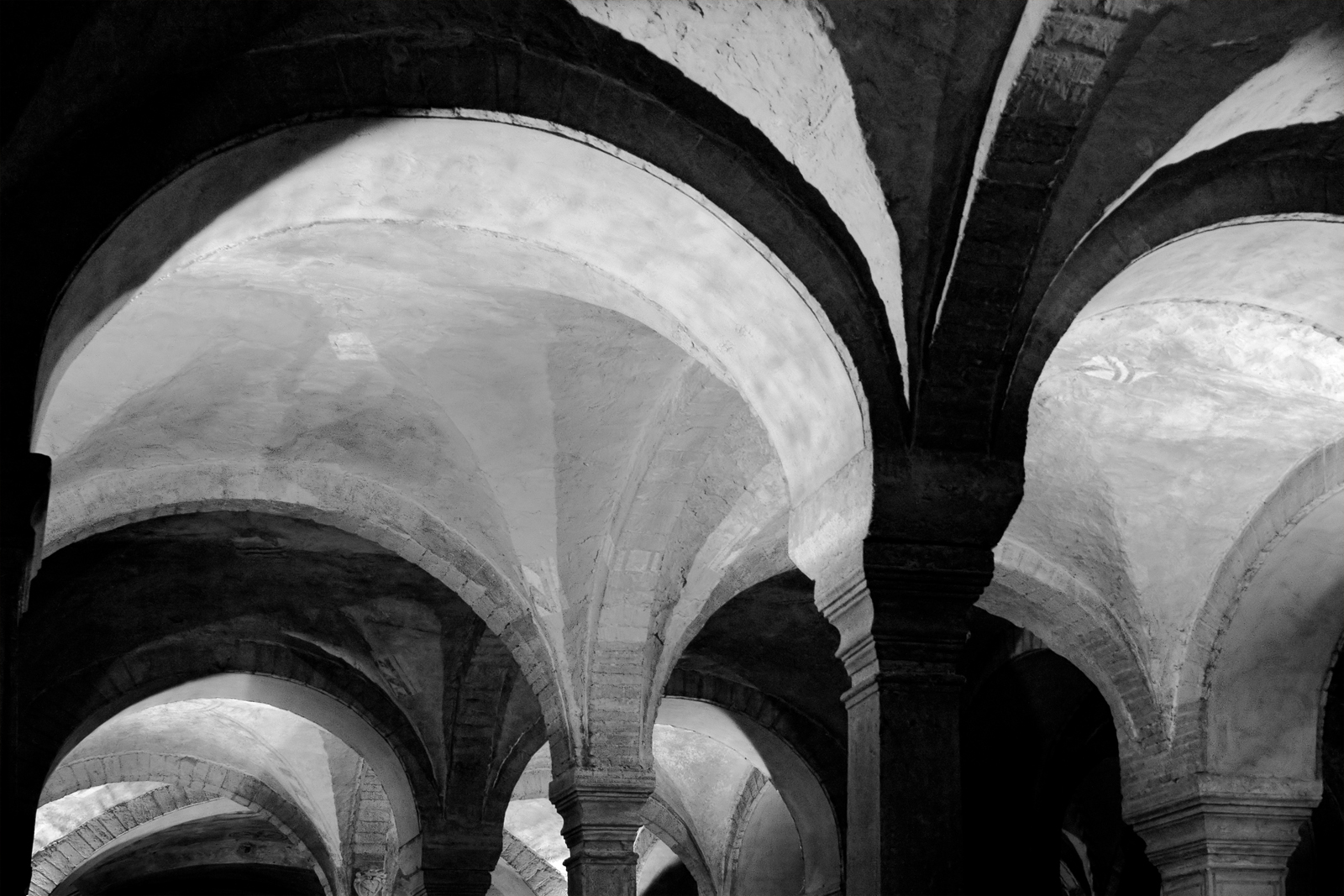 Shapes of Darkness (Verona)