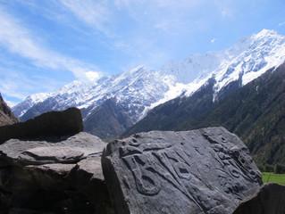 Tremblement de terre dans la vallée de la Tsum au Népal: comment se mettre au service?