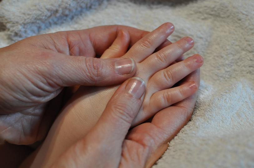 photo_massage_bébé_2.JPG