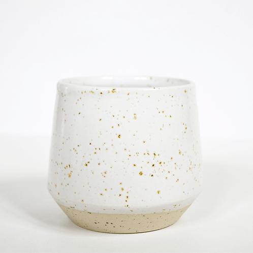 Tasse/mug en gré blanc moucheté