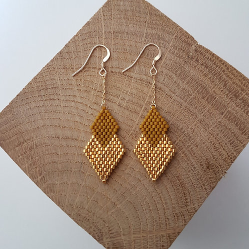 Boucles d'oreilles PENELOPE en perles Miyuki tissées - marron
