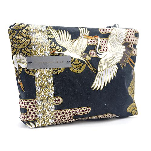 Pochette noir et doré motifs japonnais cygnes