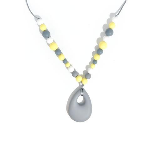 Collier de portage et d'allaitement silicone alimentaire gris et jaune