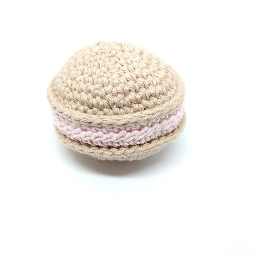 Macaron en crochet saveurs framboise