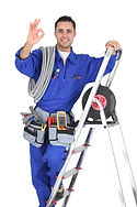 photodune-6734298-young-electrician-in-s