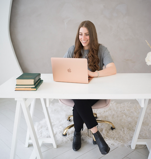 Rachel + Desk