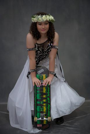 Mariana Ravelo - Actor/Dancer/Skateboarder