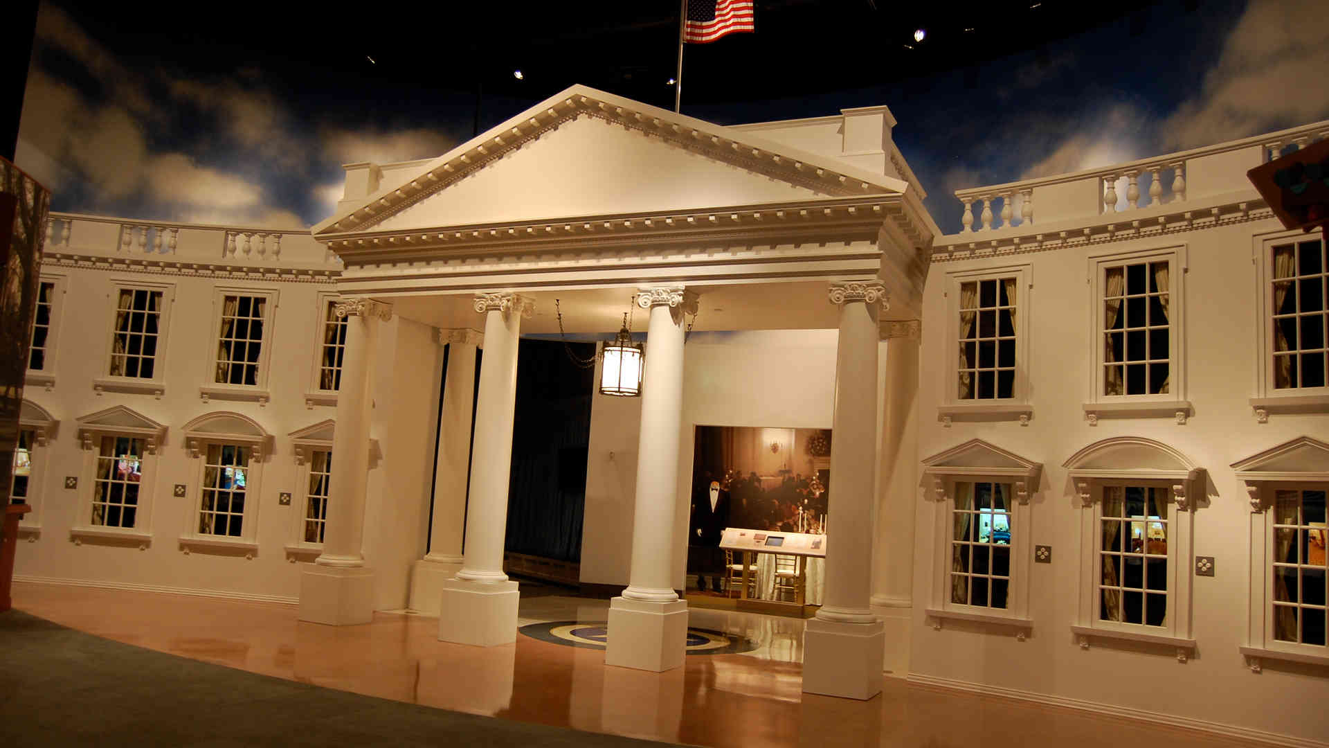 george bush library and museum white house replica